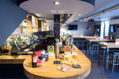 au-fut-a-mesure CREDITRELAX courtier de référence pour le nouveau concept de bars à bières « AU FUT ET A MESURE »